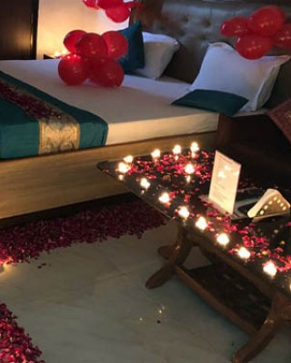 Rose petal room decoration